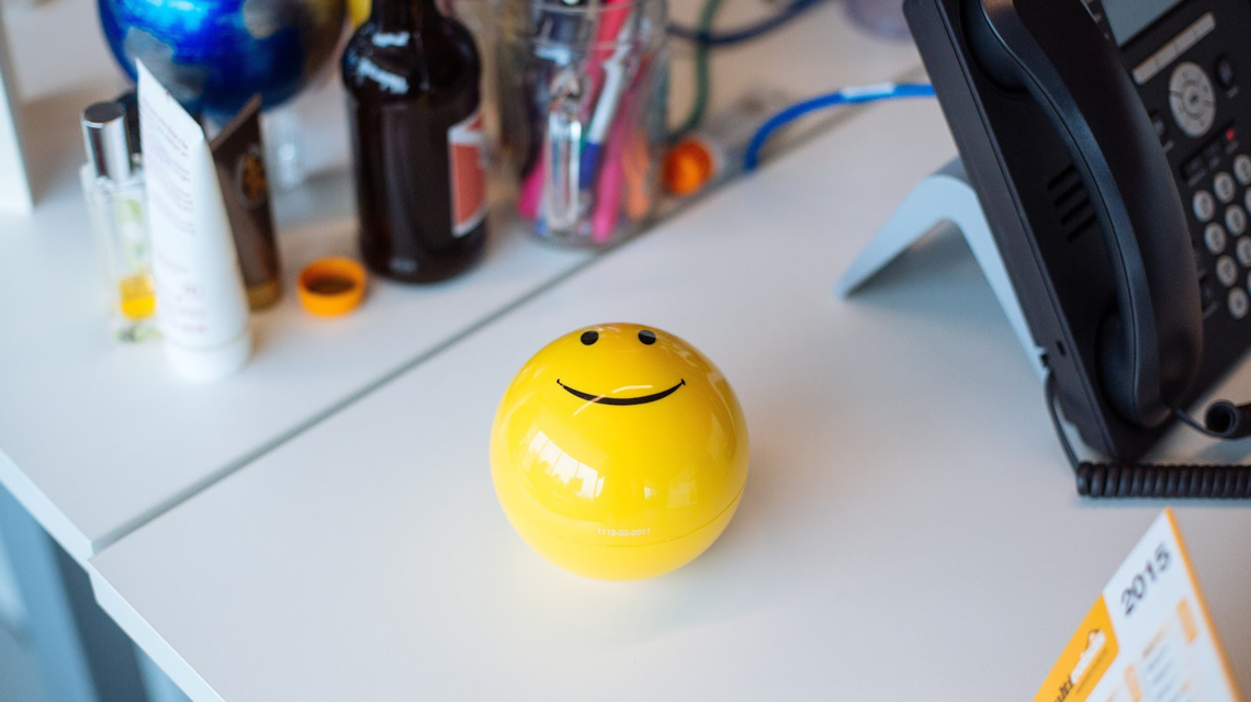 Smiley Face Desk Ball